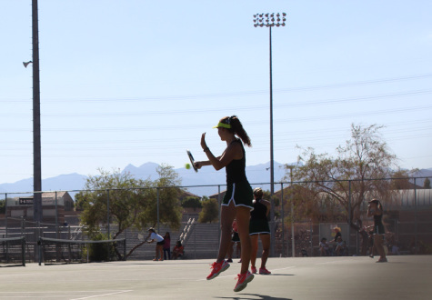 Tennis remains victorious over the Gorman Gaels