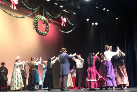 Holiday spirit soars through Palo in A Christmas Carol
