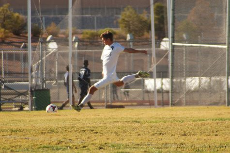 Men's Soccer Shuts Out the Longhorns