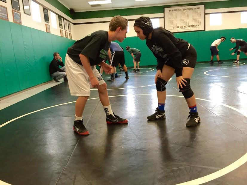 Junior+Hannah+Schneidman+and+freshman+Braxton+Tonks+practice+together+in+preparation+for+their+next+match.
