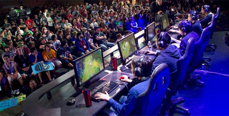Quang cảnh một trận thi đấu E-sports