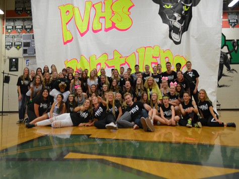 "Palo Verde students ""glow"" for Panther Week"