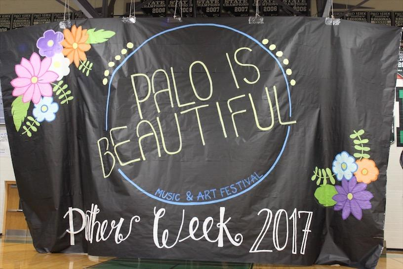 Student Council shows off their art skills with a beautiful banner