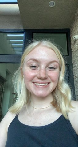Senior Spotlight: Isabelle Young